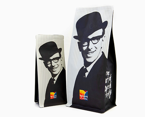 Packaging for coffee beans in size large and small